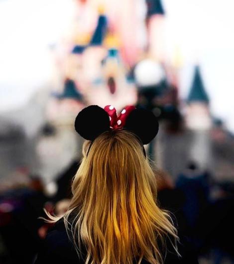 Claudia - Disneyland